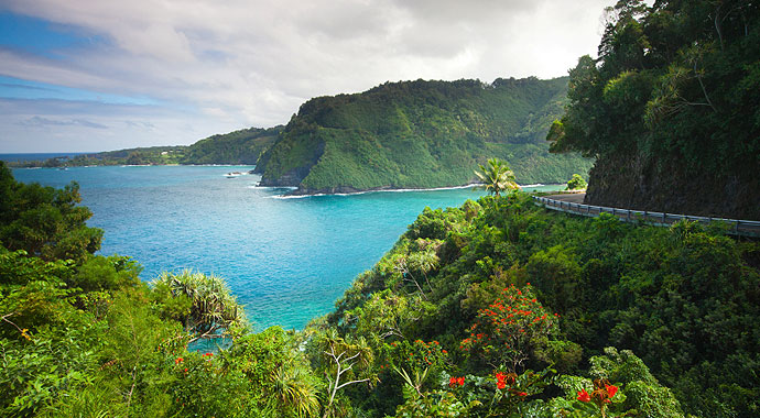 690x380-Maui-Coastline-Road-to-Hana